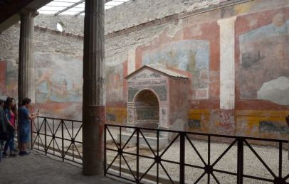 casa fontana con affresco pompei